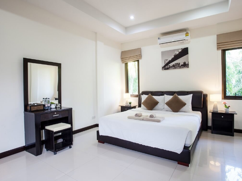 resort boutique 6 room villa phuket thailand